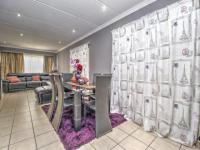 Dining Room of property in Roodepoort West