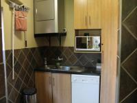Scullery - 8 square meters of property in Rooihuiskraal