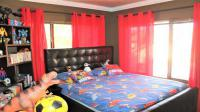Bed Room 2 - 17 square meters of property in Rooihuiskraal