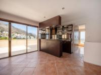 Lounges - 21 square meters of property in Gordons Bay