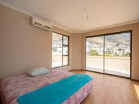 Main Bedroom of property in Gordons Bay