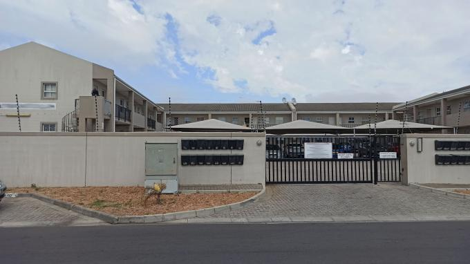 Standard Bank EasySell 2 Bedroom Sectional Title for Sale in Belhar - MR319085