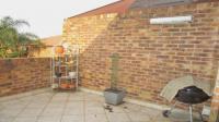 Balcony - 17 square meters of property in North Riding A.H.