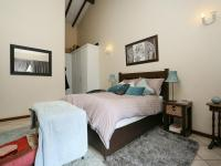 Main Bedroom - 28 square meters of property in North Riding A.H.
