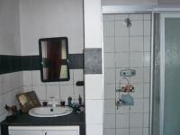 Bathroom 1 - 6 square meters of property in Buccleuch