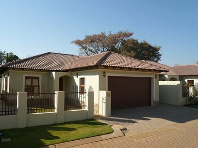 3 Bedroom Simplex for Sale and to Rent For Sale in Equestria - Home Sell - MR32266