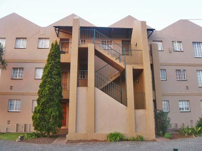2 Bedroom Apartment for Sale and to Rent For Sale in Horison View - Home Sell - MR32277