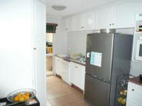 Kitchen - 21 square meters of property in Brummeria