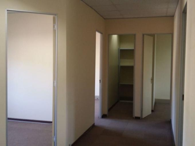 Commercial to Rent in Centurion Central (Verwoerdburg Stad) - Property to rent - MR323101