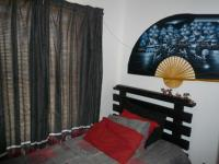 Bed Room 2 of property in Somerset West