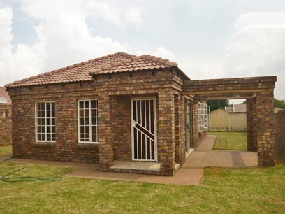 3 Bedroom House for Sale For Sale in Benoni - Home Sell - MR32325