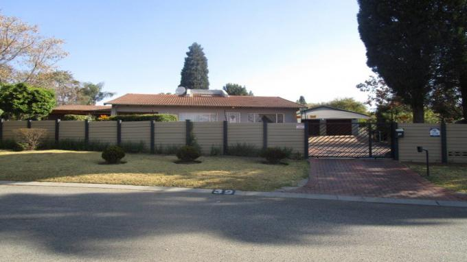 Standard Bank EasySell Cluster for Sale in Alberton - MR323621