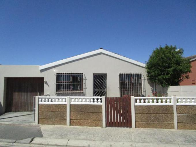 Standard Bank EasySell 3 Bedroom House for Sale in Mitchells Plain - MR324131