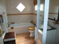 Bathroom 1 - 9 square meters of property in Equestria