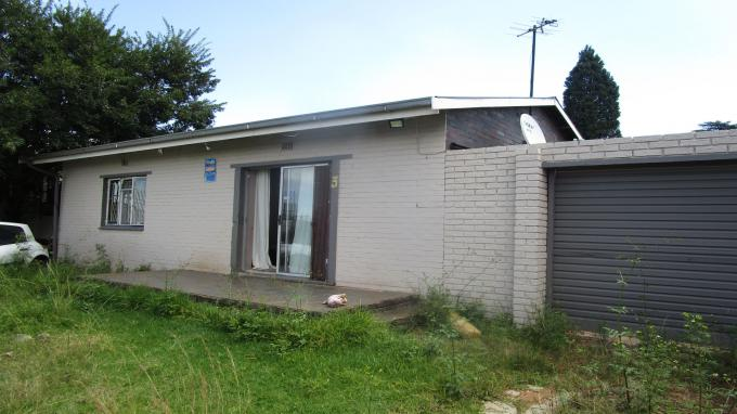 Standard Bank EasySell 2 Bedroom House for Sale in Reefhaven - MR324268