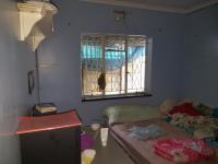 Bed Room 1 - 11 square meters of property in Reefhaven