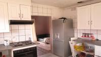 Kitchen - 11 square meters of property in Reefhaven