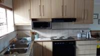 Kitchen - 21 square meters of property in Dormehls Drift