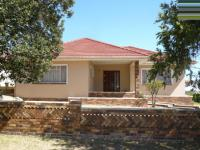 4 Bedroom 1 Bathroom House for Sale for sale in Parow Central