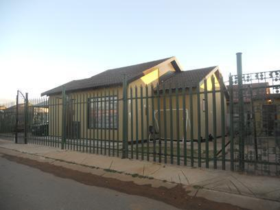 Standard Bank Repossessed 3 Bedroom House for Sale For Sale in Katlehong - MR32452