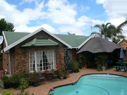 Standard Bank Repossessed House for Sale For Sale in Moreletapark - MR32454