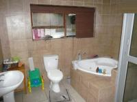 Bathroom 1 - 9 square meters of property in Kuils River