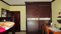 Bed Room 1 - 14 square meters of property in Summerset
