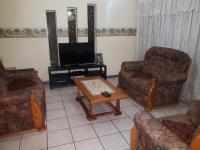 Lounges of property in Rooihuiskraal