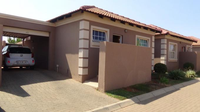 2 Bedroom Simplex for Sale For Sale in The Orchards - MR328147