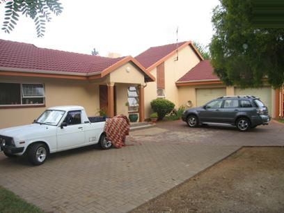 3 Bedroom House for Sale For Sale in Wierdapark - Home Sell - MR33105