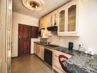 Kitchen of property in Beacon Bay