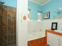 Bathroom 2 of property in Northcliff
