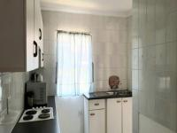 Kitchen - 12 square meters of property in Safarituine