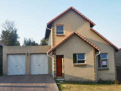 4 Bedroom Duplex for Sale and to Rent For Sale in Buccleuch - Private Sale - MR33262