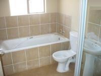 Bathroom 1 - 6 square meters of property in Clarina