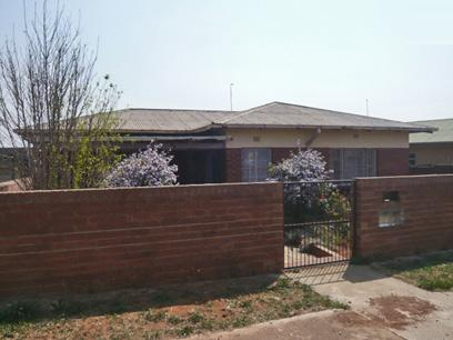 3 Bedroom House for Sale For Sale in Krugersdorp - Home Sell - MR33279
