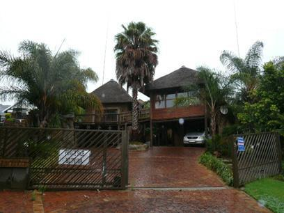 4 Bedroom House for Sale For Sale in Moreletapark - Home Sell - MR33296