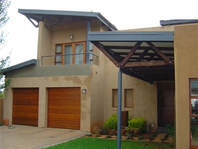 4 Bedroom House To Rent in Rietvalleirand - Private Rental - MR33321