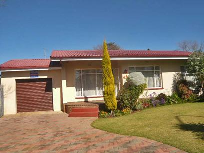 2 Bedroom House For Sale in Kempton Park - Private Sale - MR33360