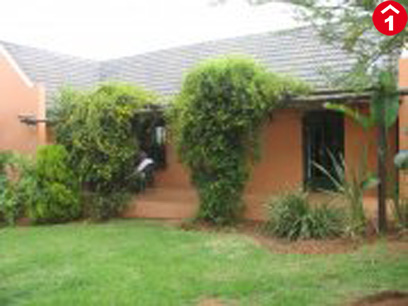 2 Bedroom House To Rent in Glen Austin A.H. - Private Rental - MR33422