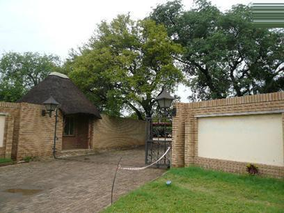 Standard Bank Repossessed 1 Bedroom House for Sale on online auction in Phalaborwa - MR33453
