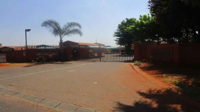 Standard Bank EasySell 2 Bedroom Sectional Title for Sale in Witfield - MR334572