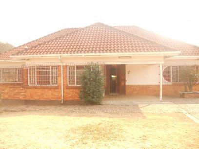 Standard Bank Repossessed 3 Bedroom House for Sale on online auction in Highlands North - MR33458