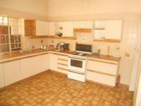Kitchen - 28 square meters of property in Highlands North