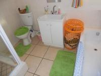 Bathroom 1 of property in Moorreesburg