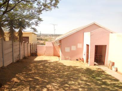 Standard Bank EasySell 3 Bedroom House for Sale in Groblerpark - MR33528