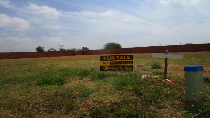 Land for Sale For Sale in Strubenvale - Private Sale - MR338813