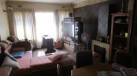 Dining Room - 9 square meters of property in Wilropark