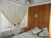 Main Bedroom - 20 square meters of property in Casey Park