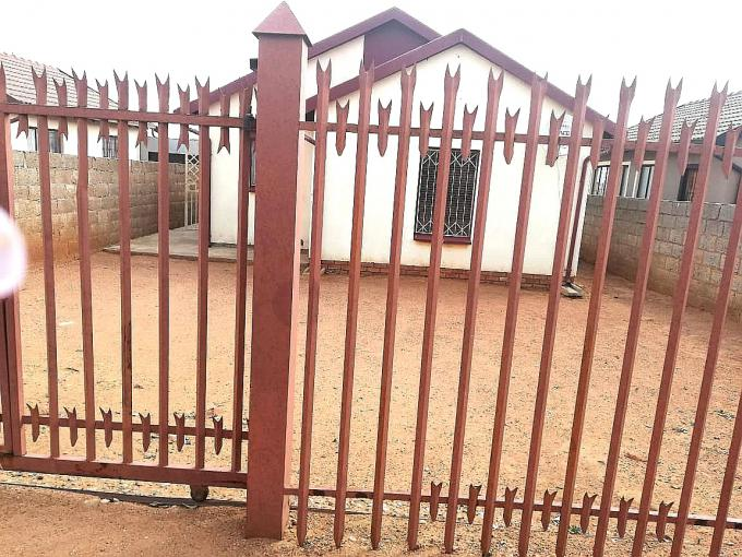 3 Bedroom House for Sale For Sale in Soshanguve - MR339923